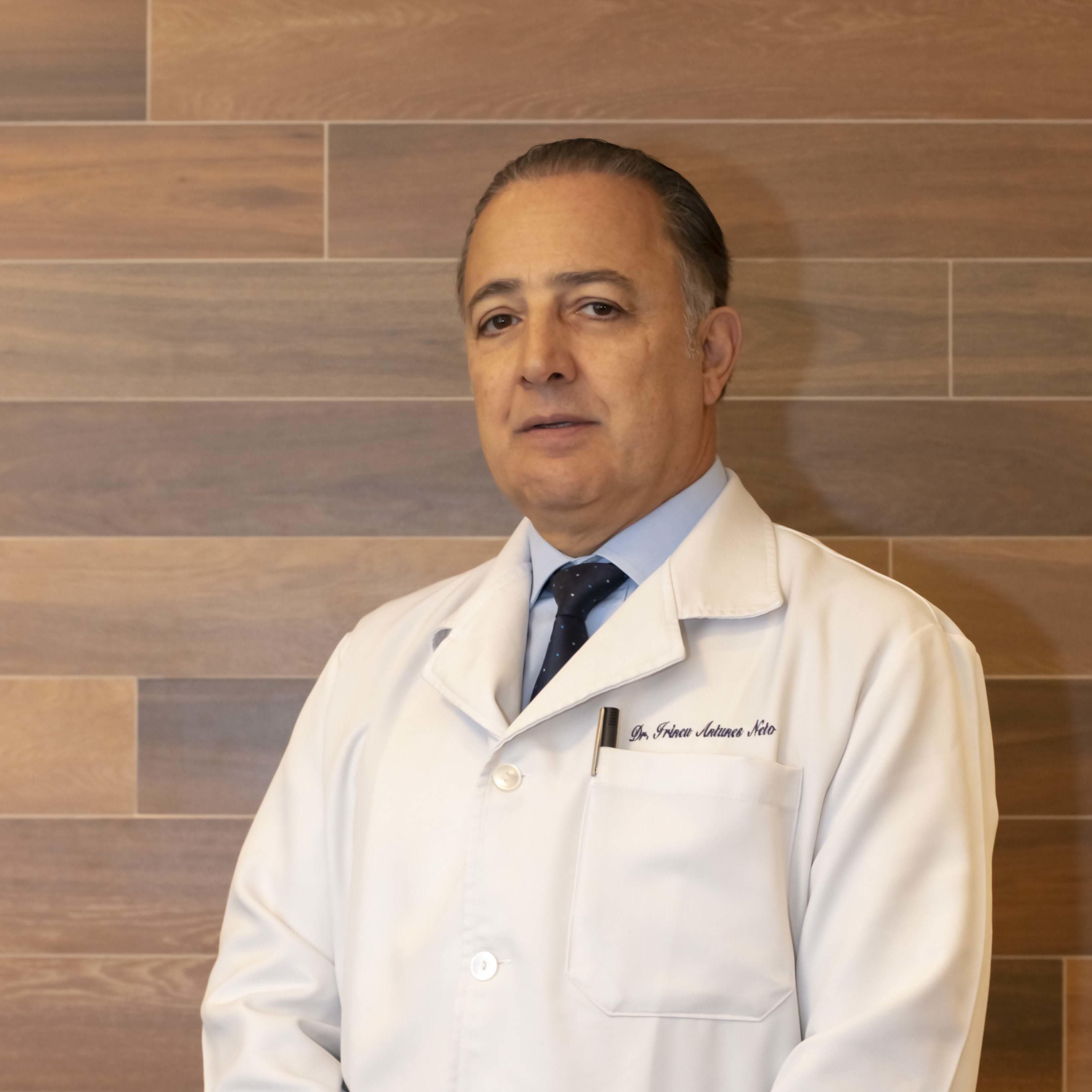 Dr. Irineu Antunes Neto (CRM 5.199)