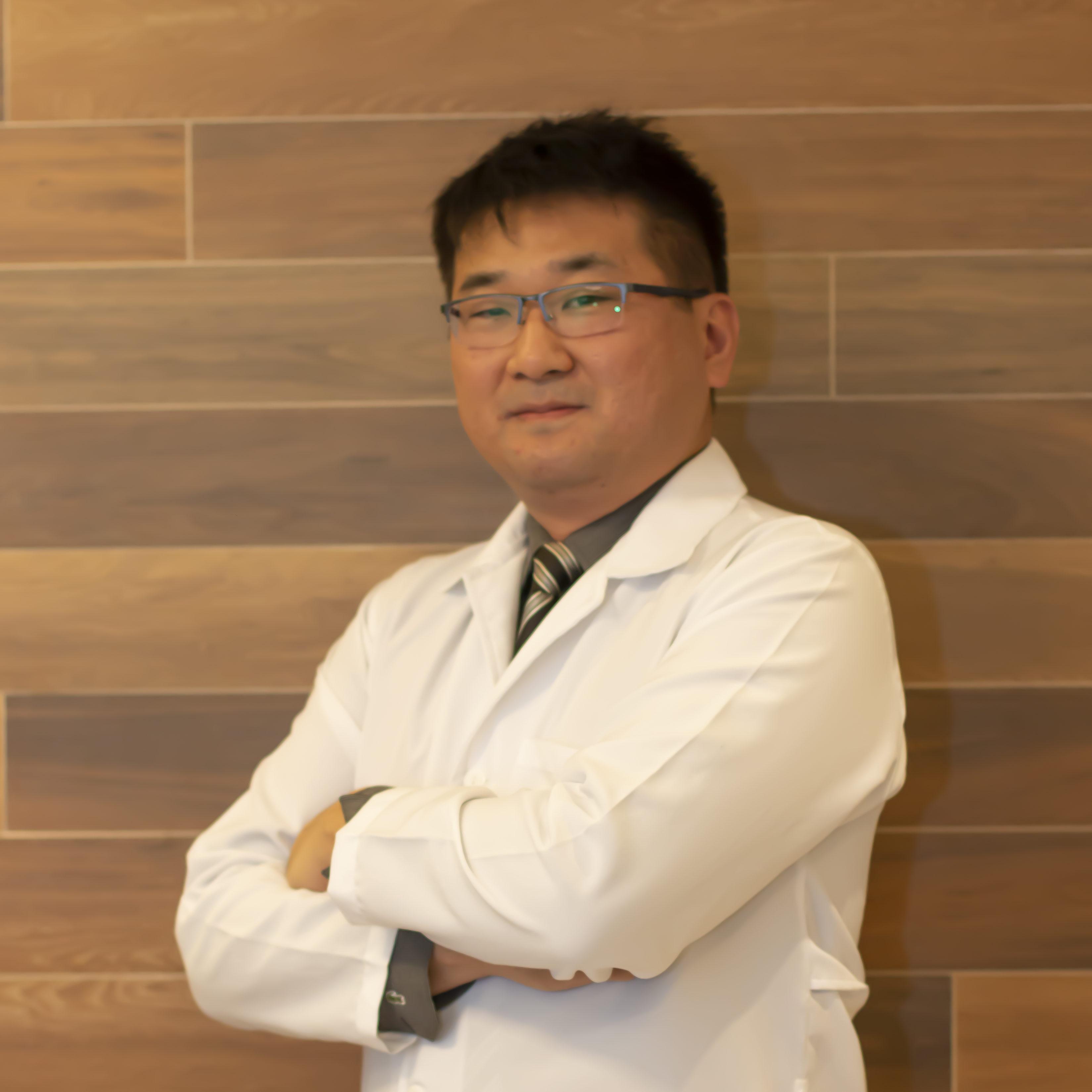 Dr. Carlos Alberto Utiumi